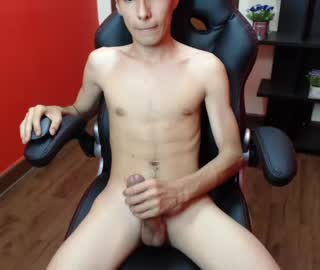 Skinny Gay Webcam Boy Niki Strokes His Thick Cock