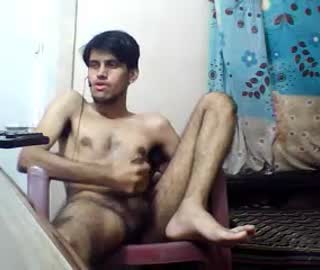 Hairy Pakistani Gay Boy James Wanks Off On Cam Show