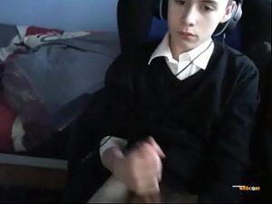 18yo Twink Boy Sascha Jerks Off Before School On Webcam
