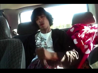 Lovely Long Haired Twink Jacks Off In The Car On Cam Show