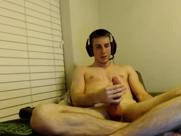 Straight Boy Has Got A Huge Dick To Show Off